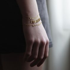 WHITE bIRD Jewellery - Sia Taylor 'Grasses Seeds' bracelets in yellow gold.