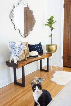 A live edge walnut bench works and looks great in an entryway. Perfect country, farmhouse, rustic home decor - it's all in how you style it Foyer Bench, Hall Bench, Diy Bench, Entryway, Live Edge Furniture, Palette, Rustic Home Design, Live Edge Table, Woodworking Bench