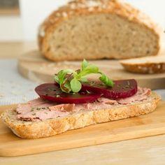 Brødskive med egensyltede rødbeter Sandwiches, Baking, Bakken, Paninis, Backen, Sweets, Pastries, Roast
