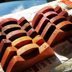 Frenos-tacos-jabones para narices y colas. #cotamilboards #tablasdeequilibrio #tablasdebalance #balanceboards #equilibrio #balance #balanceboarding #shaper #boards #tablas #hechoamano #handcrafted #Caracas #Venezuela