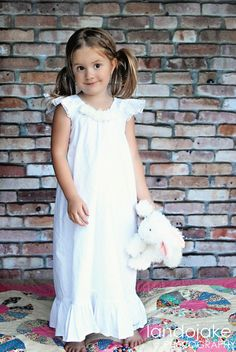 White nightgown flutter sleeve
