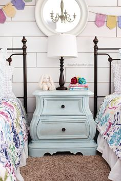 Cracked Patina Nightstand with Amy Howard at Home One Step Chalk Based Paint by Ace Blogger @nestforless