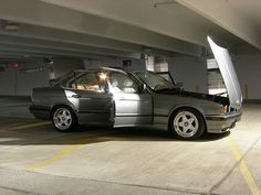 e34 Bmw E34, Bmw 5 Series, Bmw Cars, Modern Classic, Cars And Motorcycles, Cool Cars, Transportation, Competition, Sports