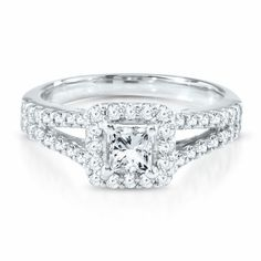 Princessa Collection™ 1 CT. TW. #Diamond #EngagementRing in 18K Gold by @Helzberg Diamonds #aislestyle #weddings