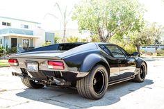 1974 DeTomaso Pantera-looks fun! Black Pantera, Pantera Car, Ford Classic Cars, Classic Sports Cars, Ford Gt, Sexy Cars, Hot Cars, Dream Cars, Automobile