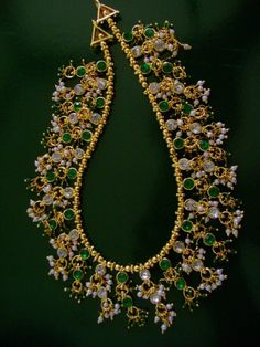 Grand Green Necklace