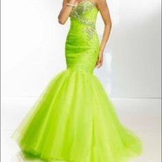 Paparazzi By Mori Lee Style 95027 Fits 6-10
