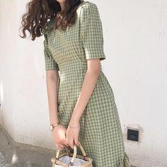 Cute Dresses, Vintage Dresses, Casual Dresses, Vintage Outfits, Casual Outfits, Fashion Dresses, Fashion Clothes, Aesthetic Fashion, Aesthetic Clothes
