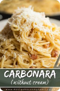 Carbonara (Creamy, Without Cream!) - - Here I'll show you how to make a Classic Carbonara that's creamy, but doesn't use cream. With a few simple ingredients this makes the perfect weeknight dinner! Quick Pasta Recipes, Chicken Recipes, Cooking Recipes, Healthy Recipes, Penna Pasta Recipes, Easy Noodle Recipes, Light Pasta Recipes, Meatless Pasta Recipes, Bacon Pasta Recipes