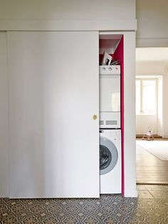 photo: per ranung, stylist: anna ranung, via elle decoration Laundry Closet Makeover, Laundry Solutions, Minimal Home, Paint Colors For Living Room, Small Room Bedroom, Laundry In Bathroom, Home And Living, Living Room Designs, Sweet Home