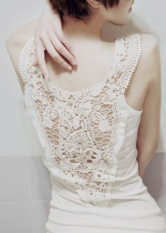 irish crochet lace with fabric for the sides and bottom on tank top Diy Clothing, Sewing Clothes, Crochet Clothes, Mode Crochet, Crochet Top, Diy Mode, Do It Yourself Fashion, How To Make Clothes, Diy Shirt