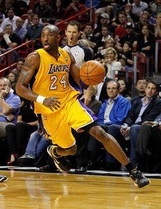 Kobe Bryant aka Black Mamba aka aka The Best In The Game. Kobe Bryant Family, Lakers Kobe Bryant, Nba Players, Basketball Players, All Nba Teams, Kobe Bryant Quotes, Famous Legends, Kobe Bryant Pictures, Kobe Bryant Black Mamba