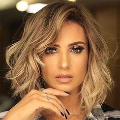 Short Hairstyles For Thick Hair, Short Hair With Layers, Layered Hairstyles, Short Haircuts, Easy Hairstyles, Hairstyle Short, Natural Hairstyles, Hairstyle Ideas, Curls For Short Hair