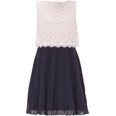 Kleid mit Spitze - Anmutiges schwarzes Kleid von Mariposa. Das Oberteil aus Spitze und der plissierte Rock ergeben einen schönen Kontrast. - ab 89,95€