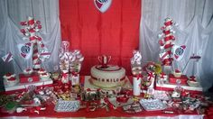 Decoración River Plate... Ideas Para Organizar, Ideas Para Fiestas, Fiesta Party, Holidays And Events, Plates, Candy, Table Decorations, Birthday, Gabriel