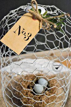 Homeroad-DIY White Chicken Wire Cloche
