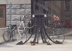 anniebikes: Poor Bike Rack Design?