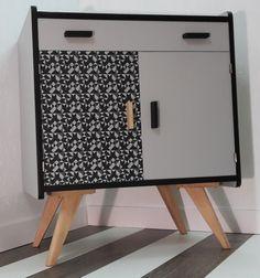 bureau secr taire blanc avec volet roulant meubles et rangements par ameubl envie ameubl. Black Bedroom Furniture Sets. Home Design Ideas