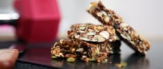 Searching for the perfect snack? Look no further than these delicious Wholefood Energy Bars. Perfect for anyone and any time of day! Healthy Mummy Recipes, Whole Food Recipes, Diet Recipes, Vegan Recipes, Snack Recipes, Dessert Recipes, Cooking Recipes, Snacks, Desserts