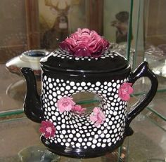 12 Coolest Teapots You Can Actually Buy (teapots) - ODDEE