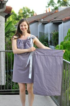 #DIYEconomy: How to convert a pillow case into a cute summer dress @Artfire.com #ecofashion HT @Anandi A. Premlall