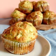 Salted Muffins with Tuna and Zucchini 180 ° C of Sweetness - Gourmet Recipes, Appetizer Recipes, Cooking Recipes, Fingerfood Party, Savory Muffins, Bran Muffins, Antipasto, Party Finger Foods, Cupcakes