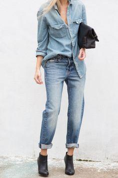 chic in jeans Estilo Fashion, Denim Fashion, Fashion Outfits, Womens Fashion, Shorts Boyfriend, Look Camisa Jeans, Chambray, Estilo Denim, Mode Jeans