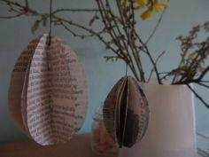 Papier-Eier sind schnell gefaltet, falls Euch noch ein Osterei fehlt :)