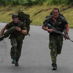 Swedish Army, Post Apocalypse, Special Forces, Body Weight, Sweden, Police, Bikers, Firearms, Weights