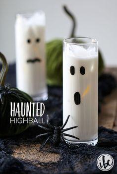 Halloween Cocktails: 2 Ways | http://inspiredbycharm.com