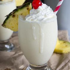 Pina Colada Smoothie ~ I'm substituting Iced Cake Vodka For The Rum & Then EVERYONE Will Play Nice!!!