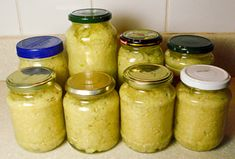 Canning Minced Fresh Garlic - can store for up to 6 months... #canning #homesteading