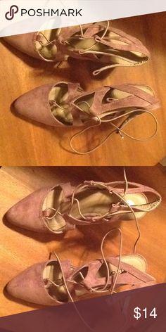 Rialto block heel 8.5 lace tan suede heels Super cute and comfy, worn once. Rialto Shoes Heels