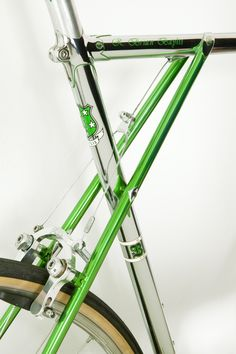 There are many different kinds and styles of mtb that you have to pick from, one of the most popular being the folding mountain bike. The folding mtb is extremely popular for a number of different … Cycling Art, Cycling Bikes, Cycling Quotes, Cycling Jerseys, Buy Bike, Bicycle Maintenance, Cool Bike Accessories, Road Bike Women