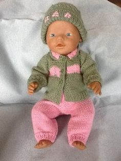 Hand Knitted Baby Doll Cardigan, Pants, Beanie by Wynona O'neil Hand knitted set of Cardigan with collar, Pants with elastic waist and beanie to suit a doll size of approximately 36 - 40 cms - 16 inches) such as baby born. Knitting Dolls Clothes, Doll Clothes Patterns, Clothing Patterns, Knitted Doll Patterns, Knitted Dolls, Knitted Baby, Baby Born Clothes, Fabric Toys, Bitty Baby
