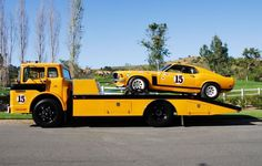 1970 Bud Moore Ford Mustang Boss 302 SCCA Trans Am racer and Ford COE Transporter. Ford Classic Cars, Classic Trucks, Automobile, Old Race Cars, Mustang Boss, Vintage Race Car, Vintage Trucks, Retro Vintage, Pony Car
