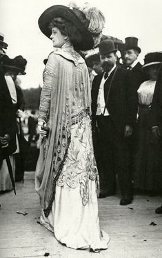 """A fashionable woman at the races in 1909. Scanned from the book """"The Mechanical Smile"""" by Caroline Evans."""