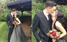 """Unusual Bride The American actress Shenae Grimes, the protagonist of the series 90210, did not choose the traditional white gown as most brides. To say """"I do"""" to her groom, the model Josh Beech, she dared and chose a Vera Wang black gown, with only a few layers of white taffeta. The photo of the couple kissing was published by the bride, on her twitter with the caption """"I now pronounce us Mr. and Mrs. Beech!""""."""