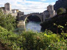 Ponte Stari Most Mostar Bósnia foi destruída na guerra civil de 1993  e recentemente restaurada pela UNESCO