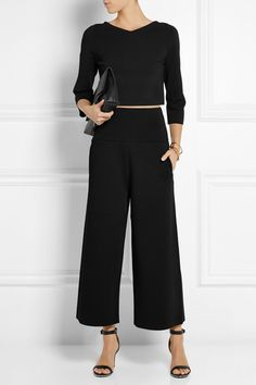 Black jersey crop and wide leg pants Beauty And Fashion, Look Fashion, Passion For Fashion, Autumn Fashion, Fashion Outfits, Womens Fashion, Looks Chic, Looks Style, My Style