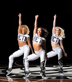 (From left) Brooklynettes Liz Chestang, Amanda Robinson, Anna Smyczynski (photo by Erin Baiano)