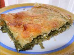 spanakopita grhgorh me sfoliata Pita Recipes, Greek Recipes, Cooking Recipes, Cypriot Food, Greek Pita, Savory Pastry, Cheese Pies, Greek Cooking, Spanakopita