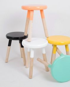 Colorful stools- great craft for a little table. Diy Stool, Wood Stool, Step Stools, Kids Furniture, Painted Furniture, Diy Kids Kitchen, Paint Dipping, Painted Stools, Kid Table