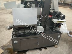 Dear friend : This is the Middle speed Wire cutting machine. The machine type is DK7732H This machine always used cutting die . This machine will export to Russia  If you have the interest, please contact me. My mail :ivy@harsle.com  My skype :ivyzhang1991826  My whatsapp:+86-15251795483 (also my Wechat number) Our website :www.harsle.com