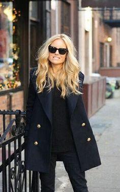 Navy coat #street style fashion