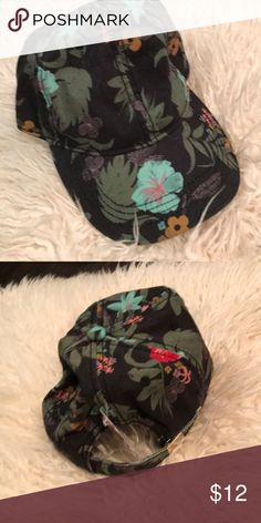 Tropical hat 🌸 NWT tropical print hat Accessories Hats