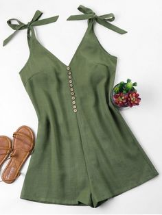 Tie Strap Romper – Army Green S – Fashion Outfits Fashion Models, Girl Fashion, Fashion Dresses, Trendy Fashion, Fashion Clothes, Style Fashion, Trendy Outfits, Summer Outfits, Mode Rockabilly