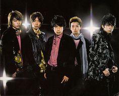 嵐 (Arashi): the quintessential Johnny's boy-band