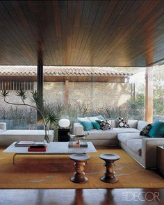 Perfectly Clear - ELLE DECOR.