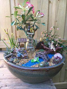 Fairy Garden Pots, Inside Garden, Garden Terrarium, Fairy Garden Houses, Gnome Garden, Garden Art, Fairy House Crafts, Doll House Crafts, Kobold